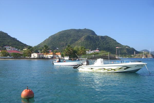 guadeloupe-ile-bateau-mer