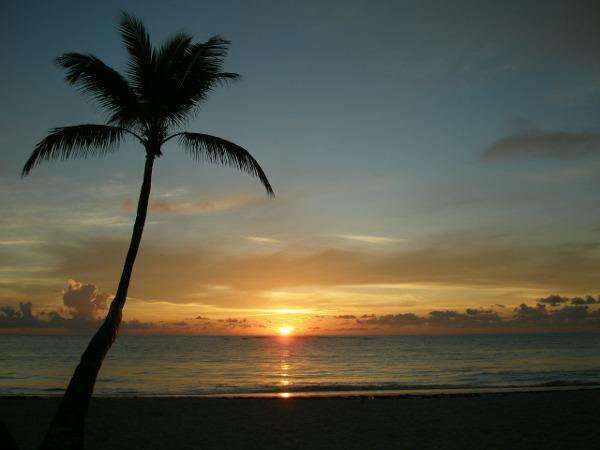 republique-dominicaine-coucher-de-soleil-plage