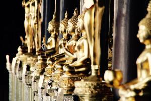 thailande-bangkok-statue-or-temple