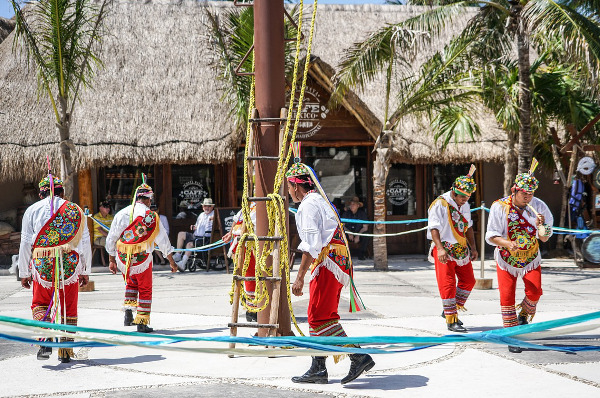 costa-maya-danses-traditionnelles