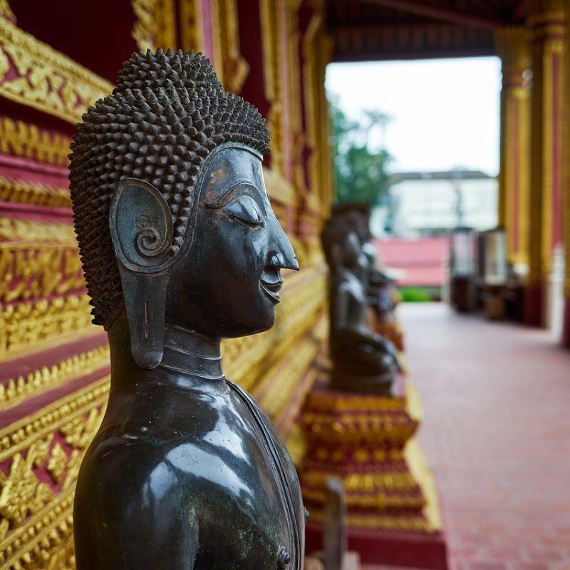 A Vientiane le temple Si Muang en croisière au Laos avec Via Dream