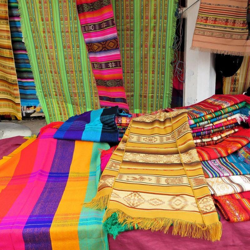 Otavalo et marché de la croisière Galapagos par Via Dream