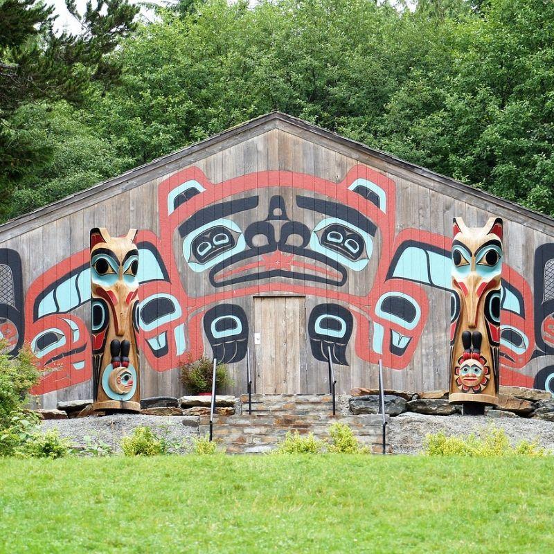 A Haines l'art Chilkat Tlingit lors de la croisière Alaska de Via Dream