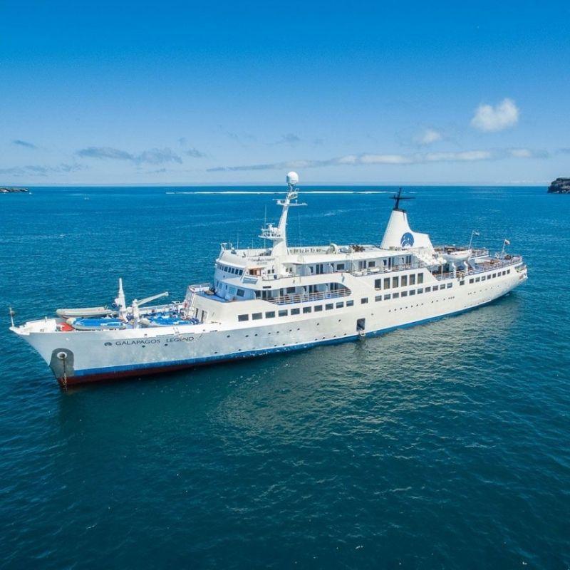 A Baltra le M/V Galápagos lors de la croisière aux Galapagos de Via Dream